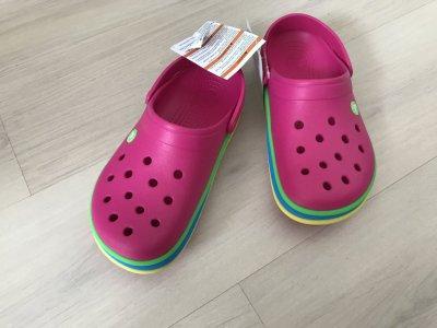 Продам Crocs candy pink
