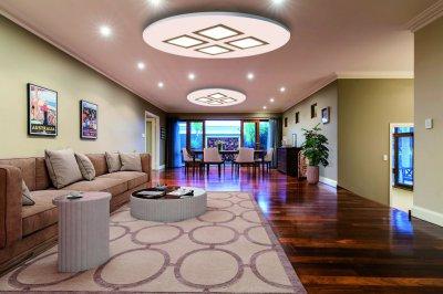 Светодиодные люстры LED светильники