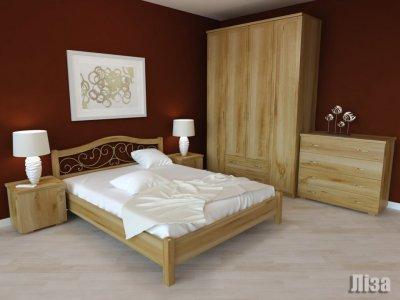 """Дерев""""яне ліжко з ковкою"""