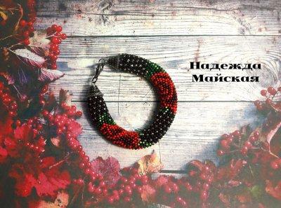 Авторское украшение из бисера на руку жгут-браслет Розы в хрустале