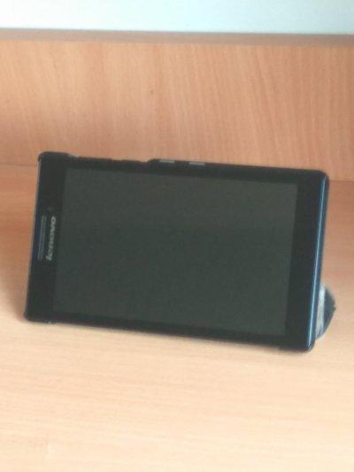 Планшет Lenovo tab 2 a7-10f в отличном состоянии!