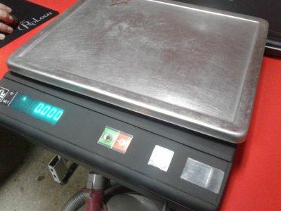 Весы торговые Massa - k б/у, торговые весы 15 кг