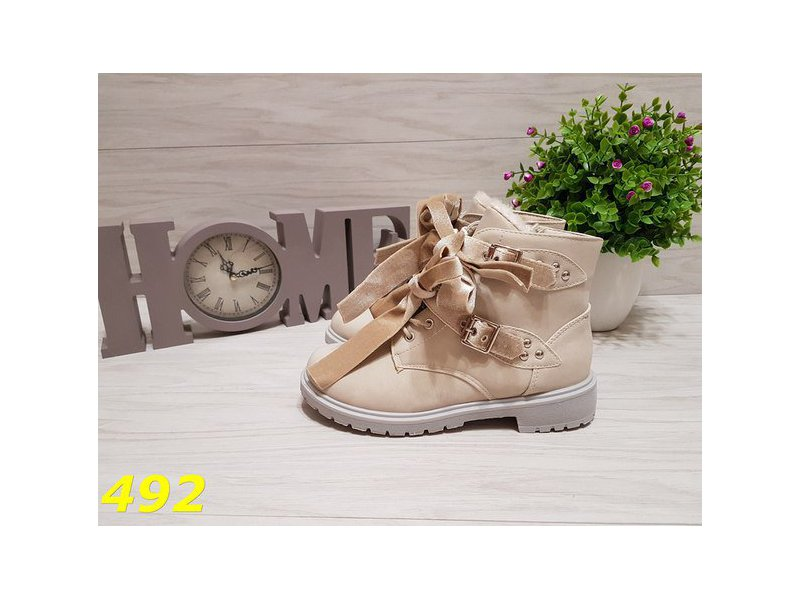 2b86d9fea6a6 Ботинки тимбер с бантиками светло-серые зима   Женская обувь - Доска ...