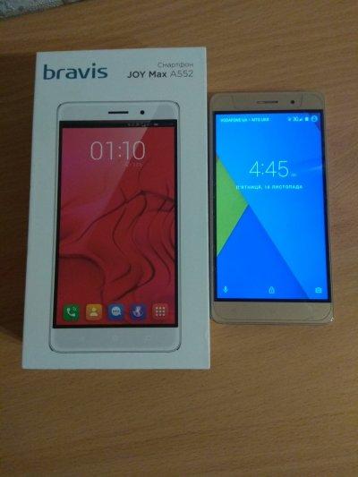 Продам б/у смартфон Bravis JOY Max A552
