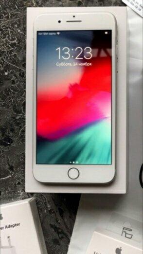 Срочно продам оригинал айфон 8.