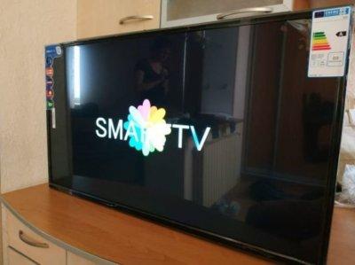 Smart TV full hd L 42 дюйма, Android, WiFi, DVB-T2/DVB-C