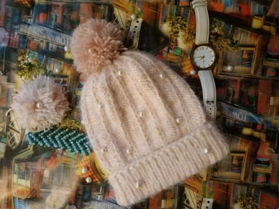 Продам вязанные шапки