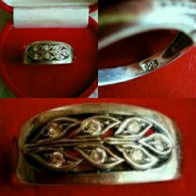 Кольцо, кольца серебро за два 400 гривень за одно 250! Камни цирконий и синий сапфир!