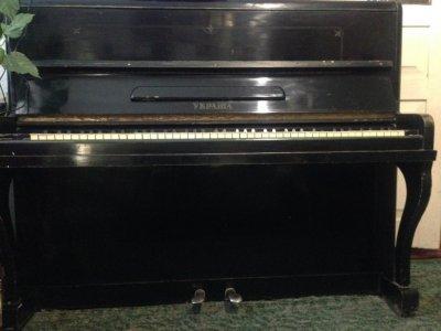 Пианино Украина, Инструмент Учителя