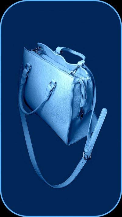 Сумка нежно голубого цвета
