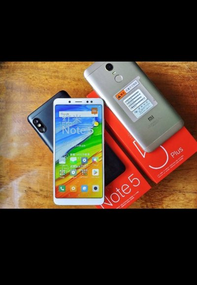 Телефон Xiaomi Redmi Note 5