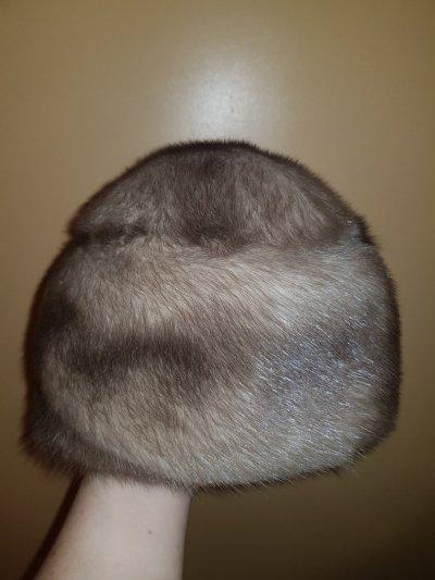 Продаю новую шапку из серой норки!