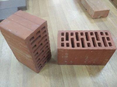 Продам кирпич керамический двойной М125, 150 производства СБК и Керамейя.