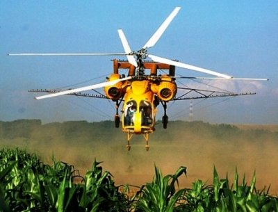 Обробка кукурудзи вертольотами