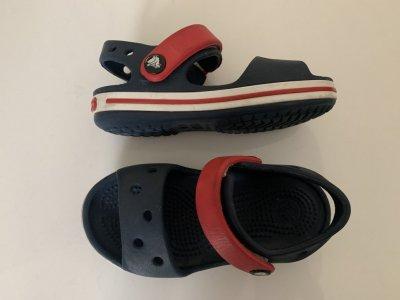 Детские сандалии crocs