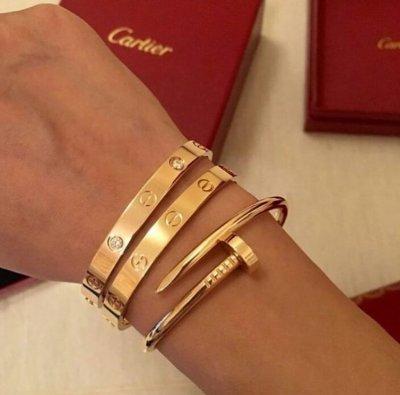 Браслет Cartier Гвоздик Роскошный Яркий Аксессуар это Залог Успеха с Картье