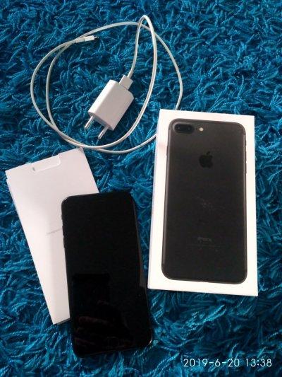 Продам iPhone 7 plus 128 gb в идеальном состоянии.