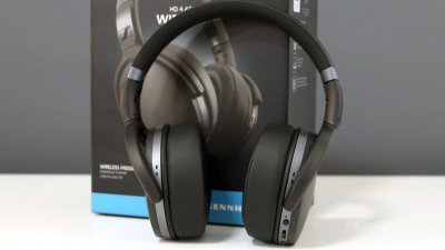 Продам Bluetooth наушники Sennheiser HD 4.40BT