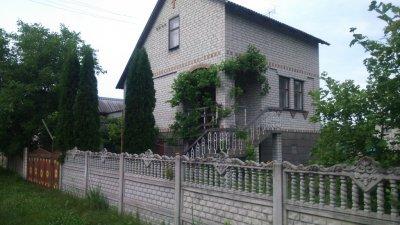 Дачная усадьба по трассе Киев–Черновцы