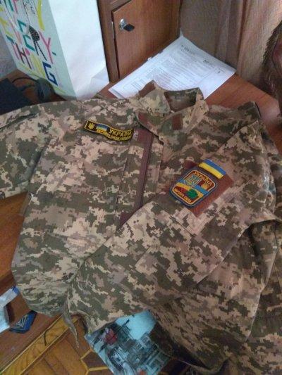 Продам китель и штаны военные