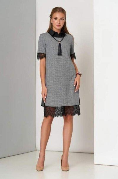Костюм платье с накидкой и отделкой из ажурного кружева