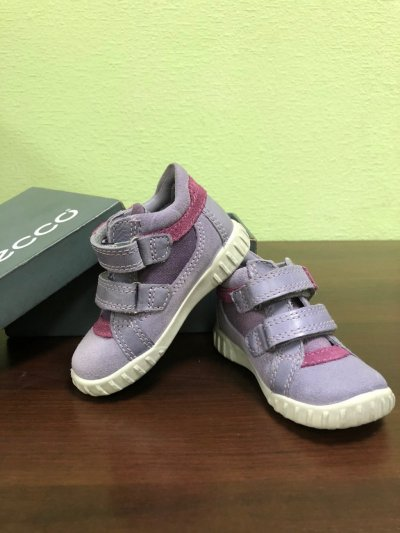 Детские ботиночки для девочки Ecco