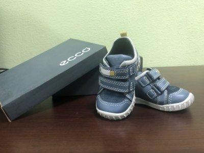 Детские ботиночки для мальчика Ecco