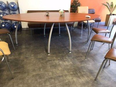 Конференц-стол/ обеденный стол коричневый