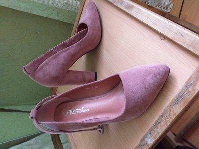 Продам туфлі, взувала один раз, в ідальному стані.