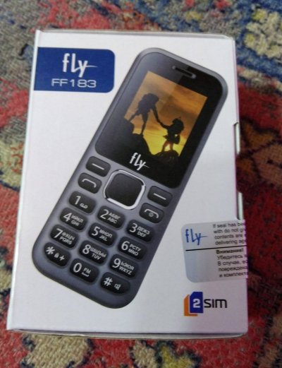 "Кнопочный телефон Fly FF183 2-Sim серый 1.77"" 160х128 TN Bluetooth"