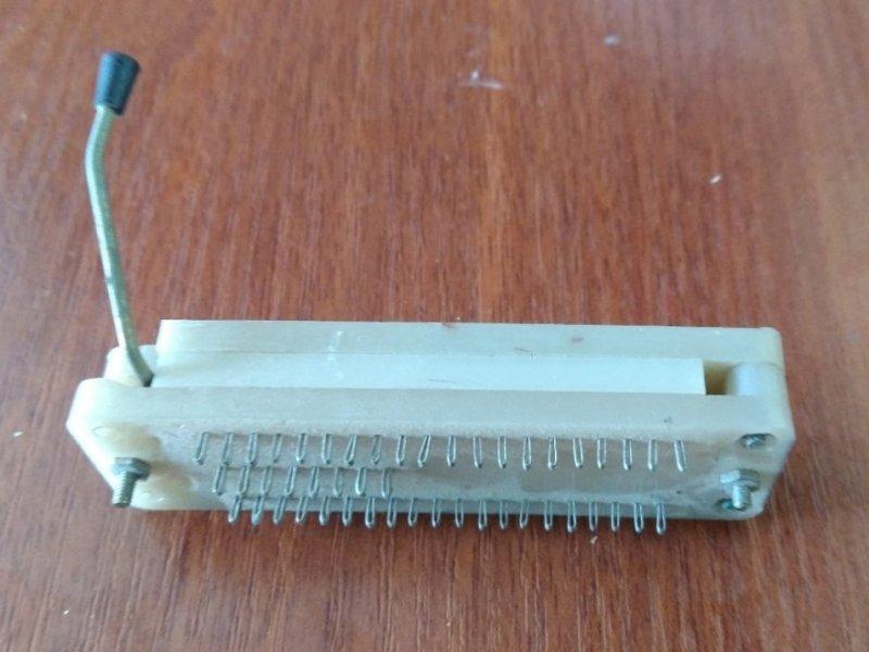 DIP-16/DIP-40 панель РНуП-1-48Г с нулевым усилием СССР