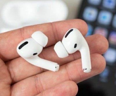 Беспроводные наушники Apple AirPods PRO Bluetooth 5.0 с кейсом