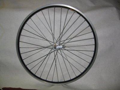 Переднее колесо для велосипеда 26х2,10 диаметр 575 мм