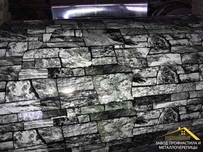 Профнастил с рисунком под камень серый, купить профлист для забора под камень