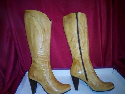 Кожаные сапоги женские с каблуком 38 размер size