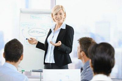 Орендувати офіс для однієї людини або цілої команди на день, тиждень, місяць або навіть кілька років