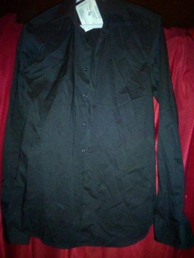 Стильная мужская рубашка чёрного цвета