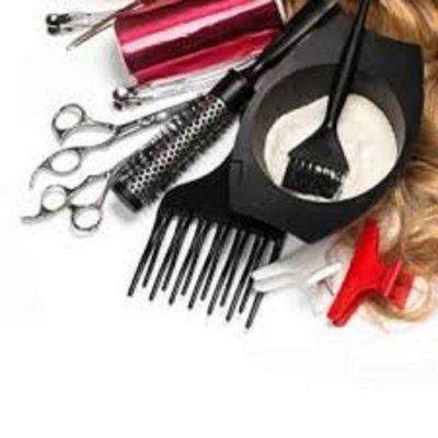 Требуется парикмахер- универсал, можно без опыта работы. Одесса.