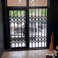 Розсувні решітки металеві на двері, вікна, балкони, вітрини. Виробництво і установка по всій Україні
