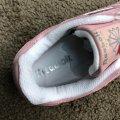 Купити жіночі кросівки 37 розмір