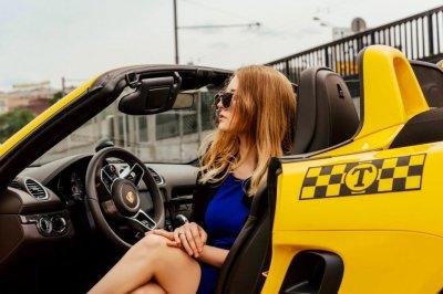 Требуются водители с личным авто в AIR TAXI