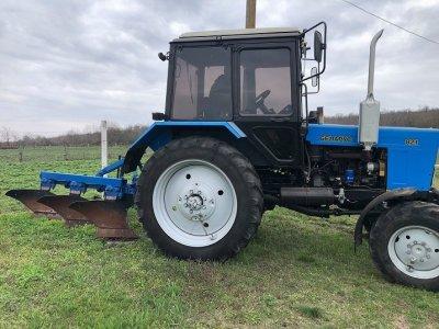 Трактор МТЗ 82 в состоянии нового